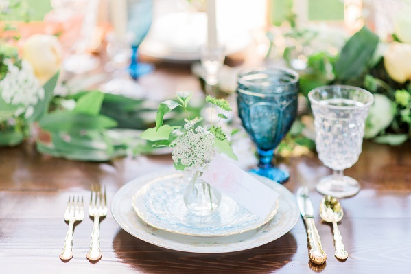 place setting with gold utensils
