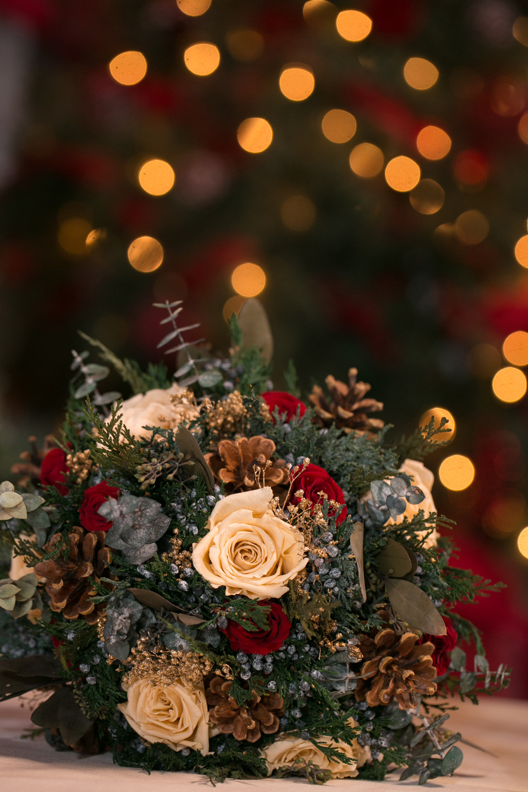 pin come bouquet Christmas Wedding Ideas In December