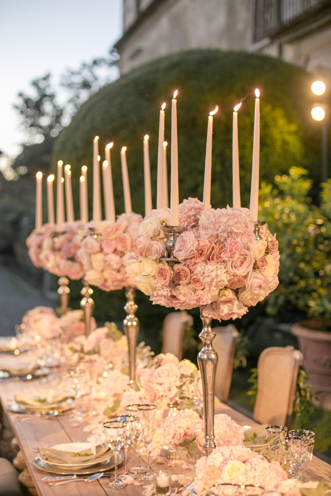 romantic rose wedding centerpieces