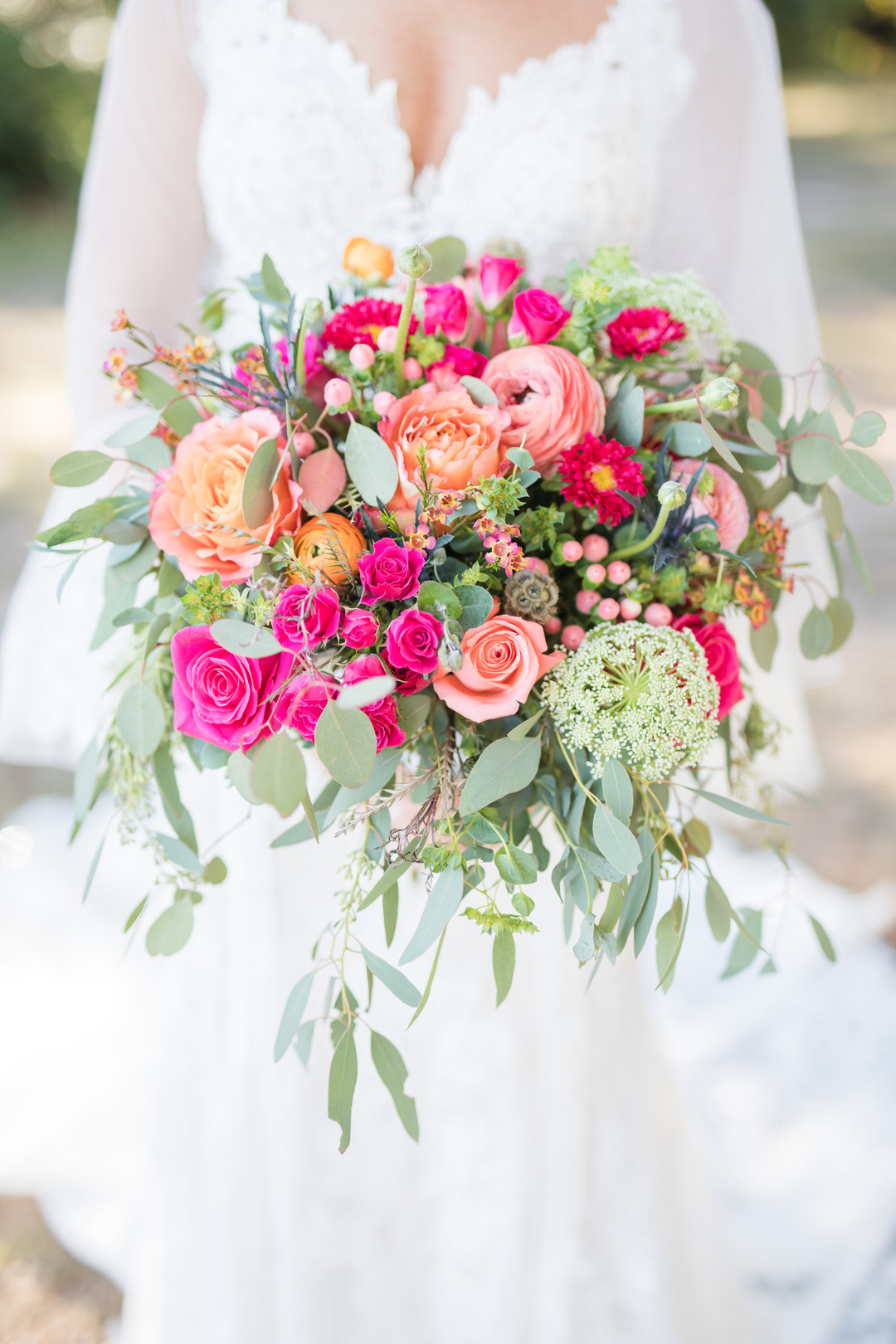 hot pink bride bouquet