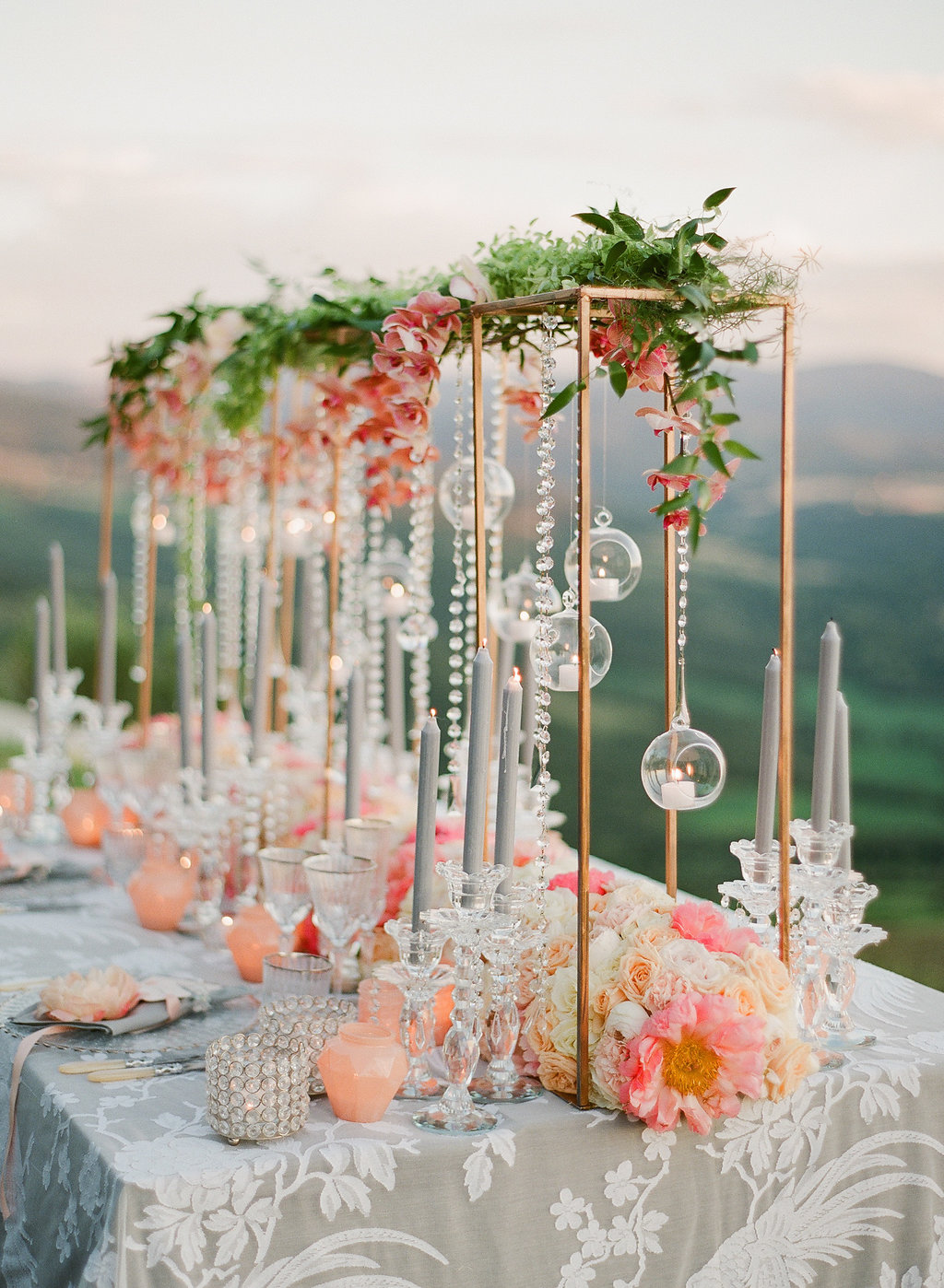 crystal and peach centerpeice ideas