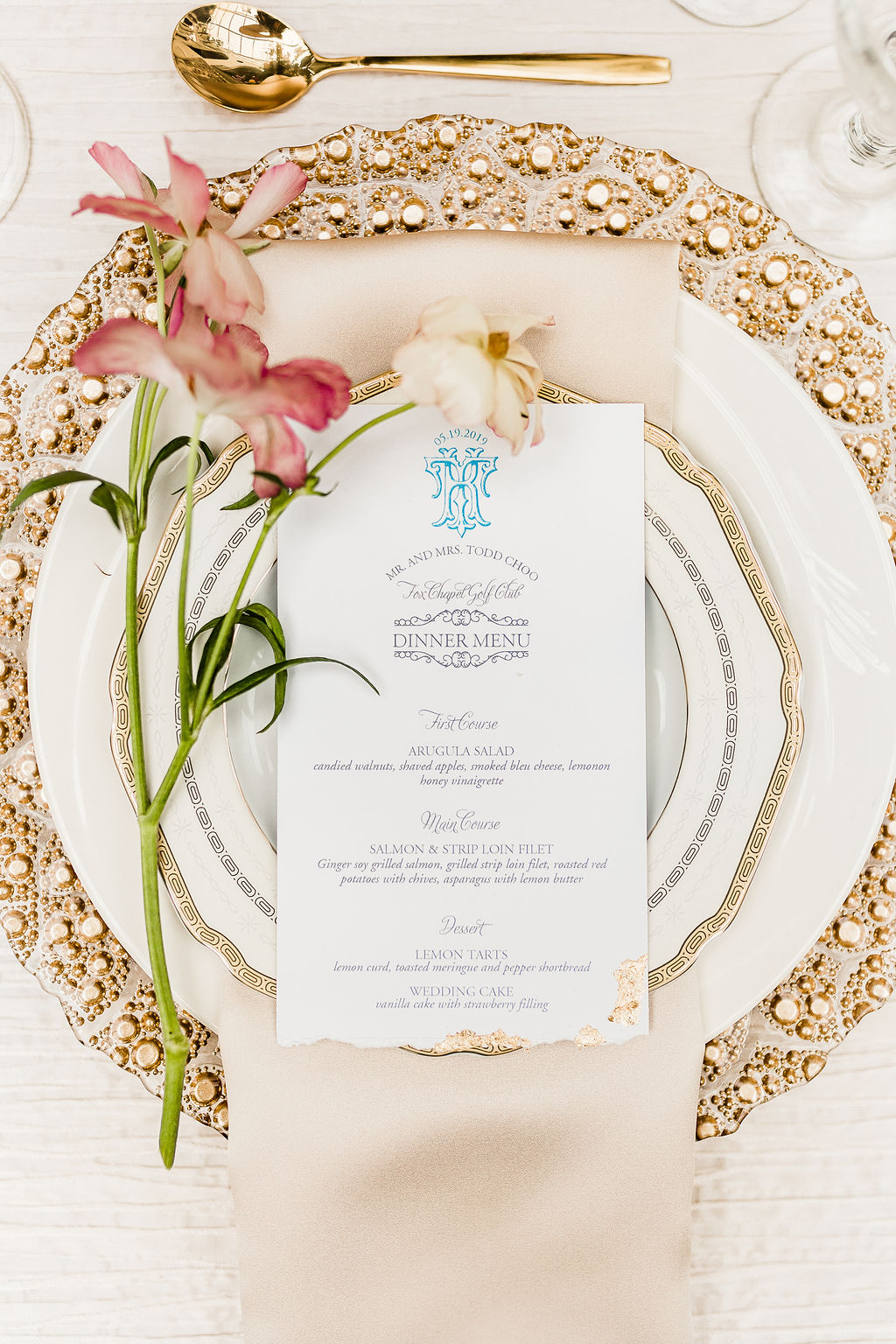 baroque wedding place setting with gold foil