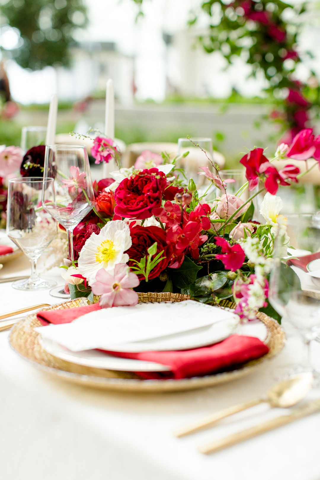 red wedding centerpiece with garden roses