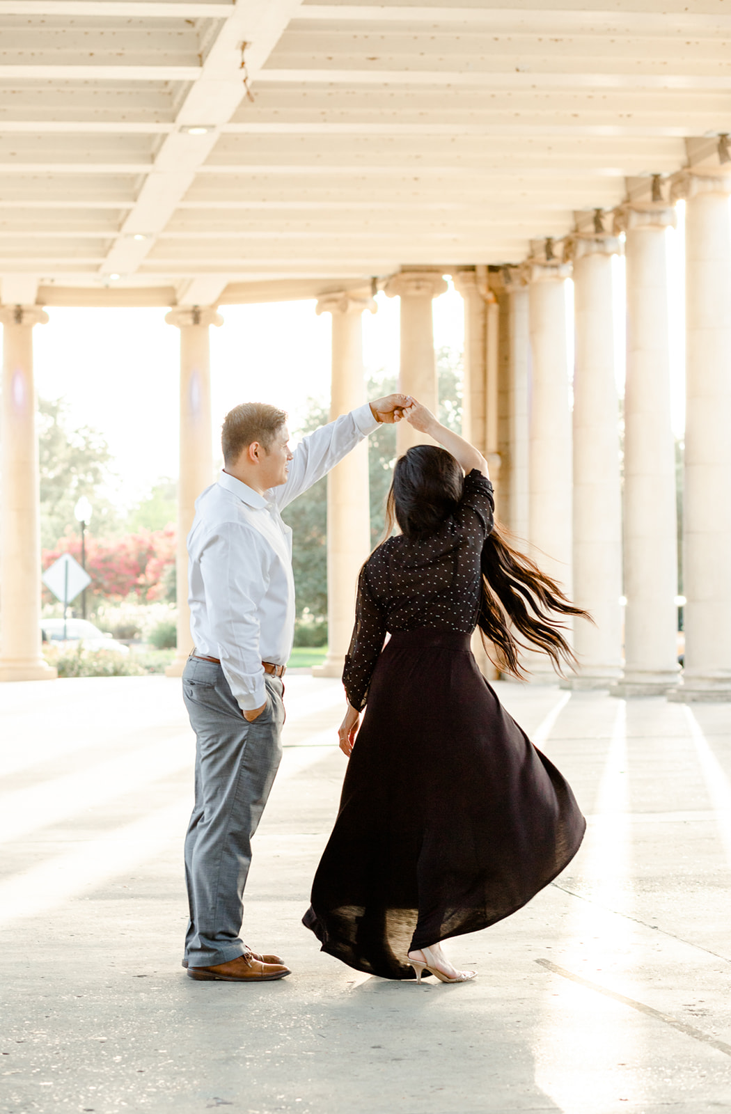 couple dancing in New Orleans city park