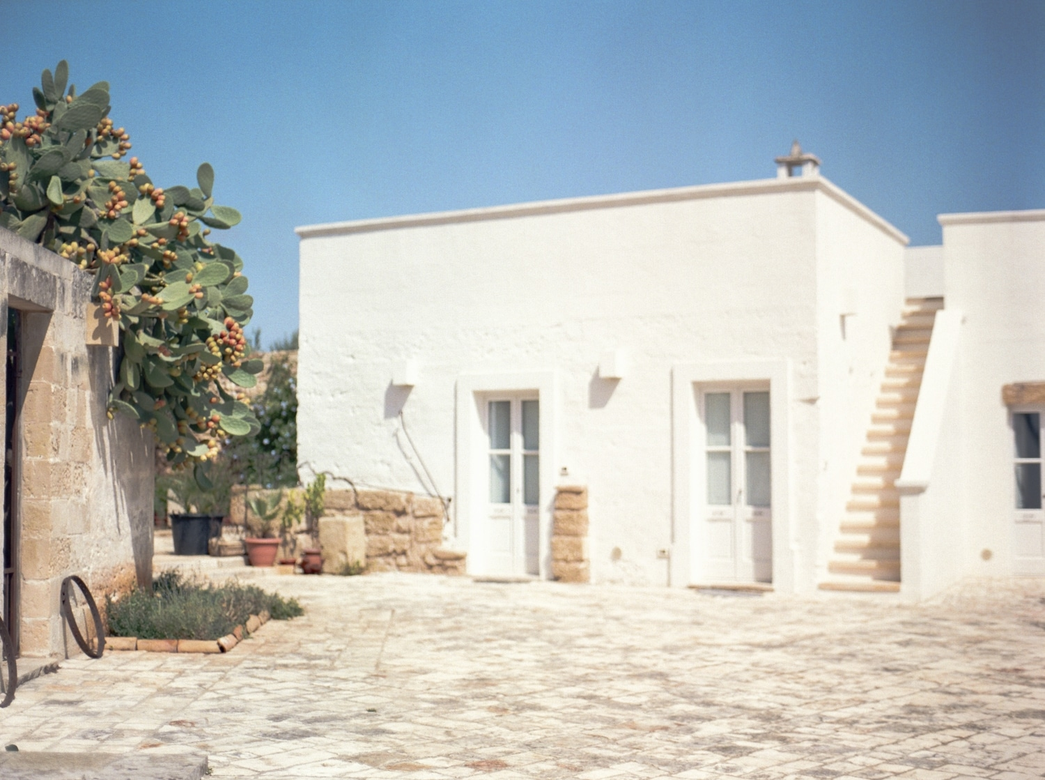 church where the Apulia italy wedding took place