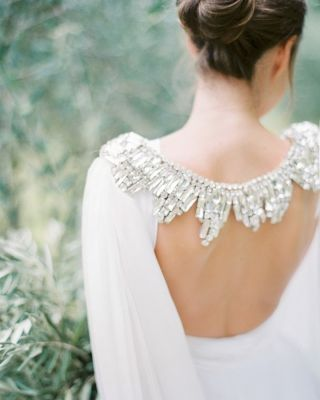 We've got two words for this:⁠ ✨BRIDAL CAPE✨⁠ ⁠ Photography: peachesandmint ⁠ Dress: twobirdsnewyork ⁠ Styling: commesoie ⁠ Cape: gibsonbespoke ⁠ Film Lab: carmencitalab ⁠ .⁠ .⁠  ( #📷 via @amberandmuse_hochzeitsguide )⁠ #weddingblog #weddingblogger #glitterybride #weddinginspo #brideideas #weddingideas #bridalinspiration ⁠ #romantic #romanticwedding #romanticweddings #romanticbride #weddingcape #bridalcape ⁠ #2022bride #2022brides #weddingdressinspo #weddingdressideas #bridalbeauty #weddingdressgoals ⁠  #weddingdresses #weddinggowns #bridalstyle #bridegoals #bridalgown #dreamdress #weddingstyle⁠ ⁠